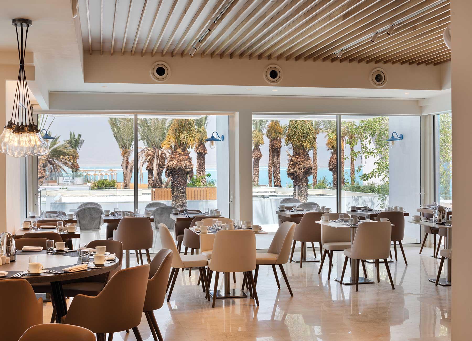 חדר אוכל במלון מילוס ים המלח