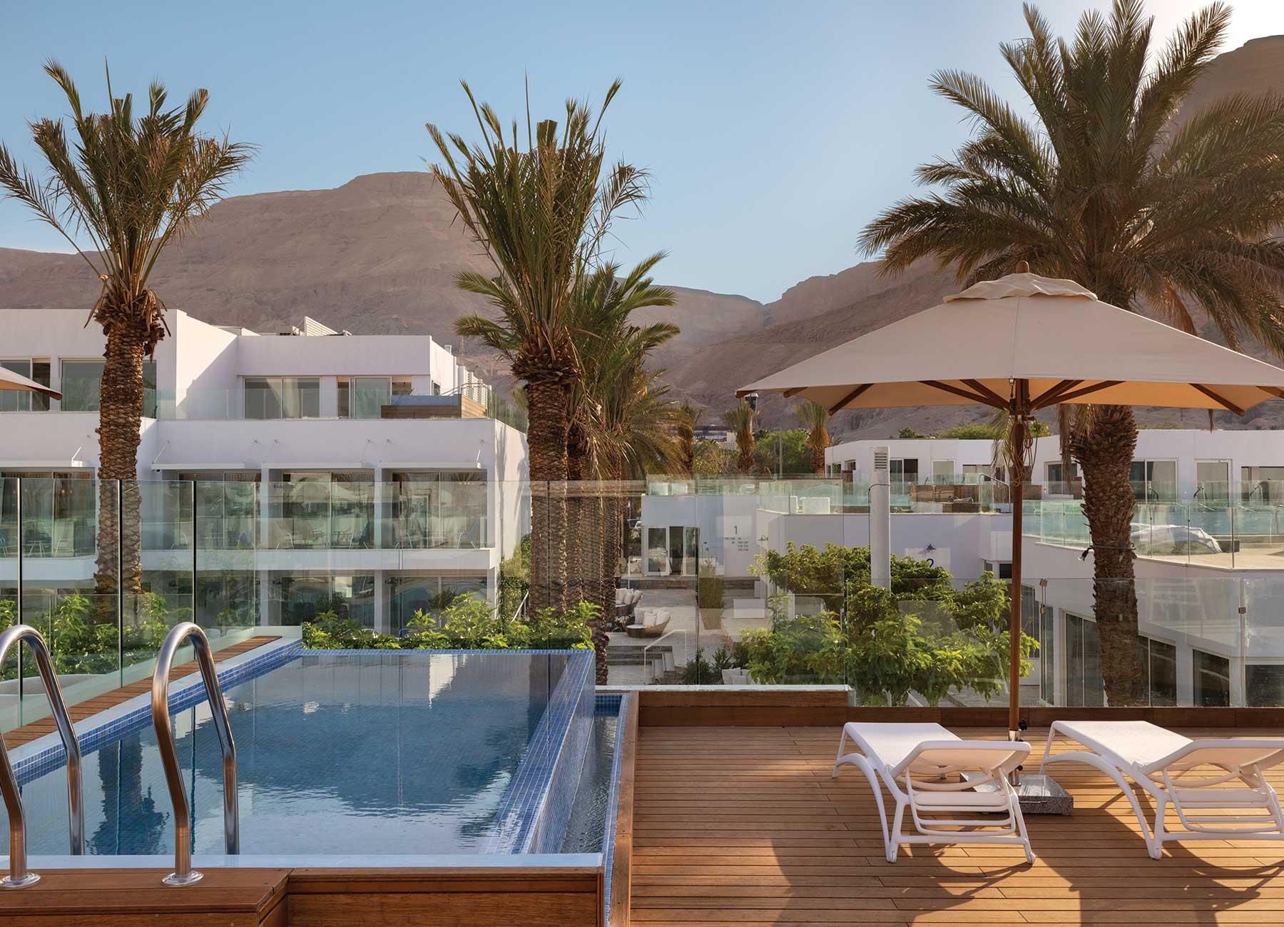 חדר עם בריכה פרטית במלון מילוס ים המלח