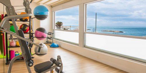 חדר כושר במלון אוקיינוס סוויטס הרצליה